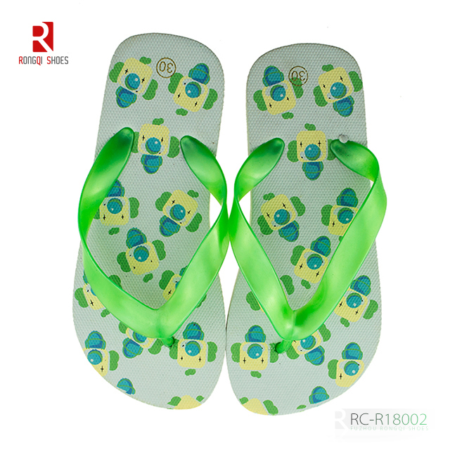 China factory price fancy kid's beach PE flip-flops